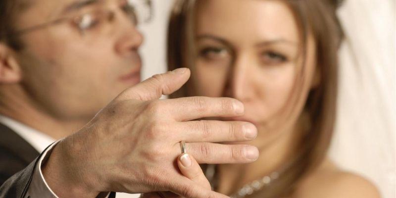 Что является предметом брачного договора?