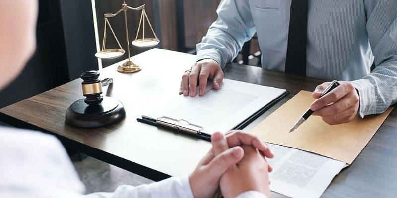 Как получить бесплатного адвоката?