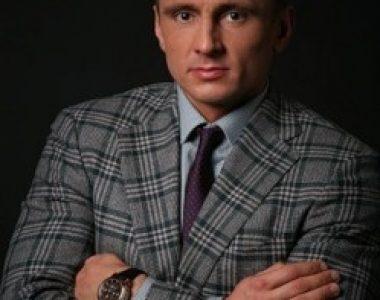 Олег Сухов - адвокат