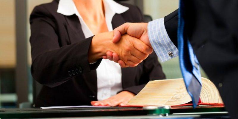 Из чего складываются расценки адвокатов?